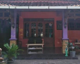 Bunk Bed 4-Bahagia Sederhana Bantul Home Stay Yogyakarta