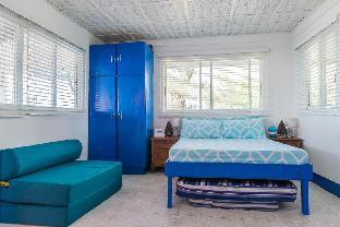 picture 4 of aZul Zambales beachfront house