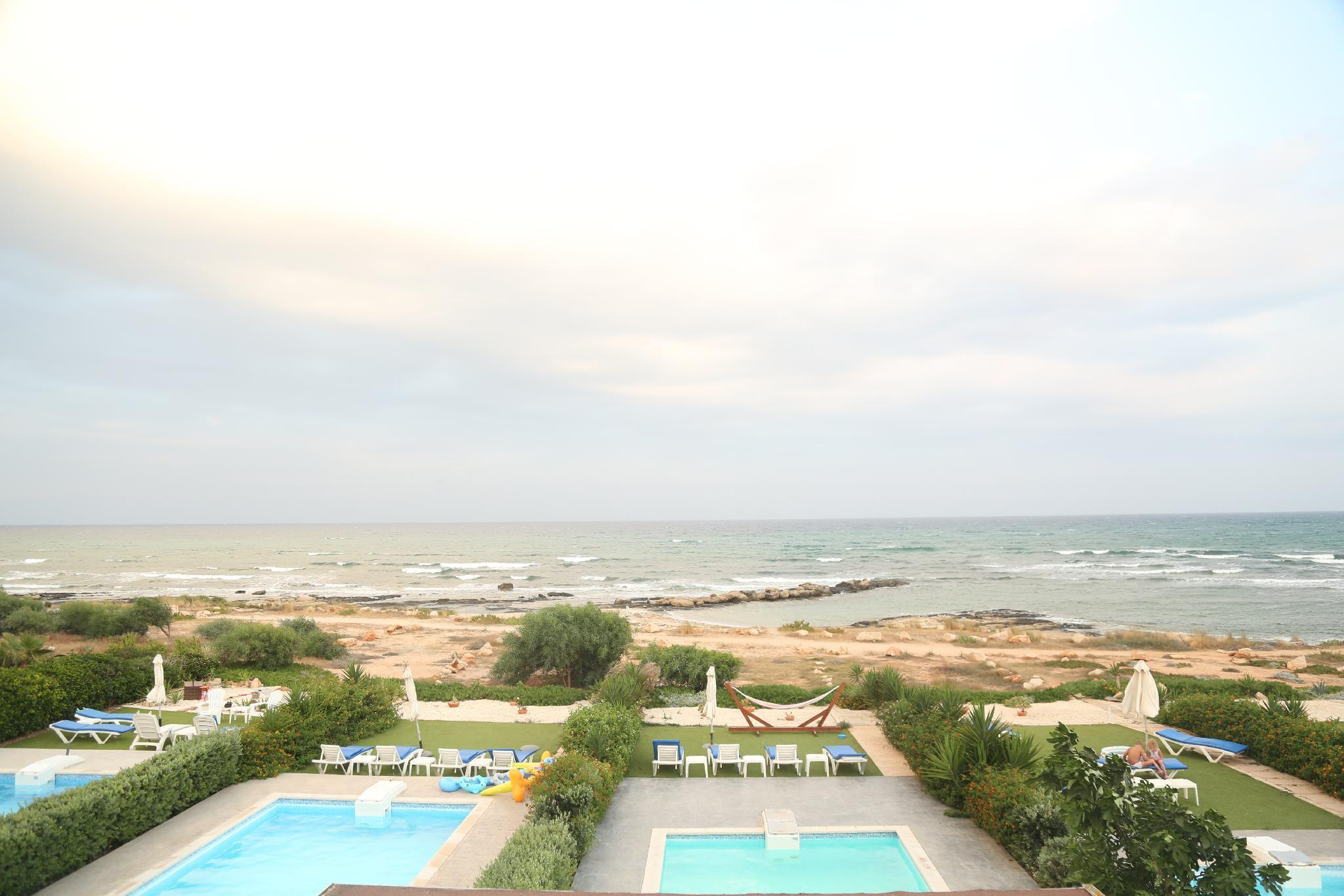 Perfect Location Seafront Villa With Privat Pool