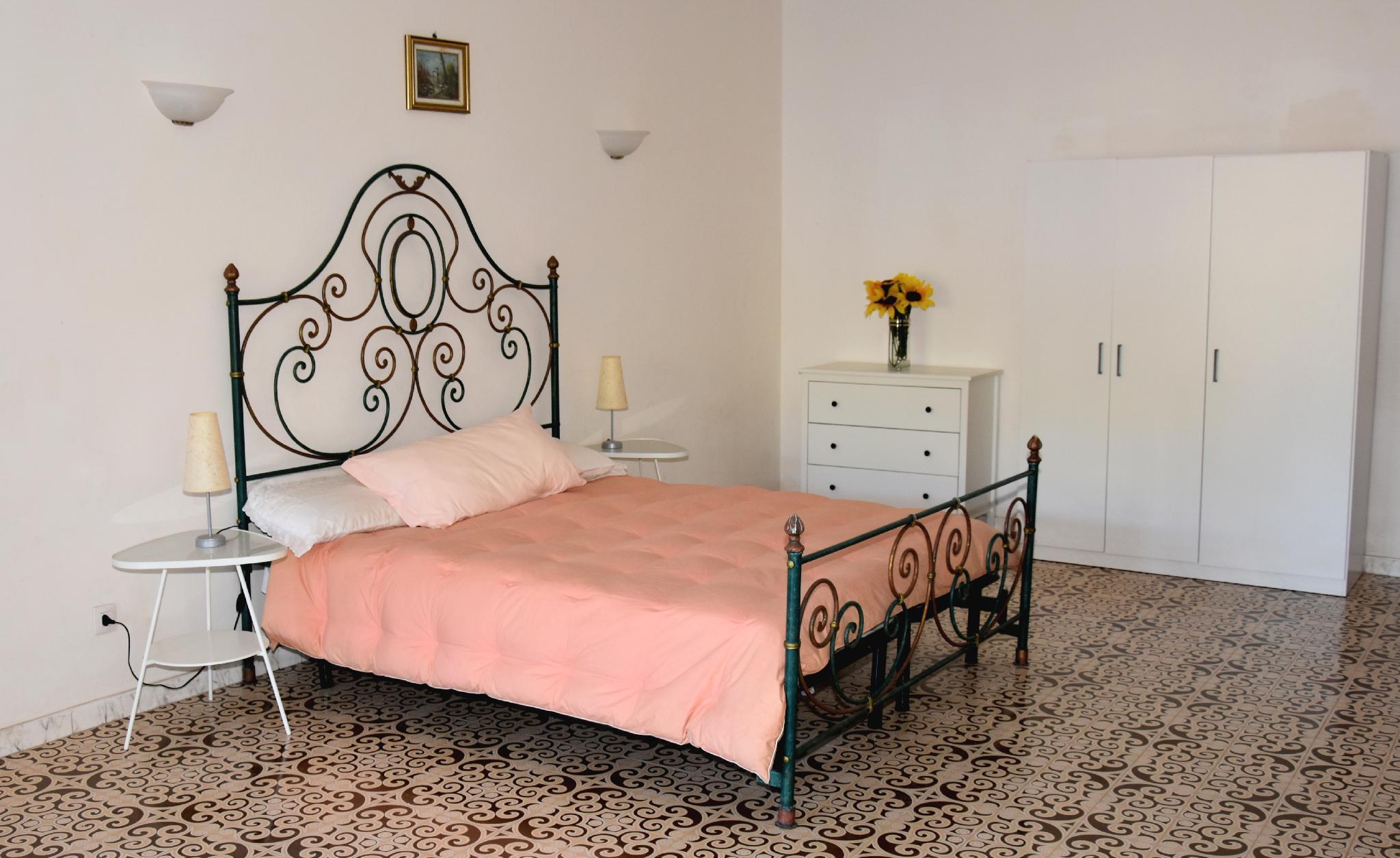 Villa Mediterraneo   Apartment 4 People Near Sea