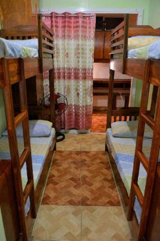 Фото отеля Affordable Room for 2-4 pax near Mkt & Session Rd