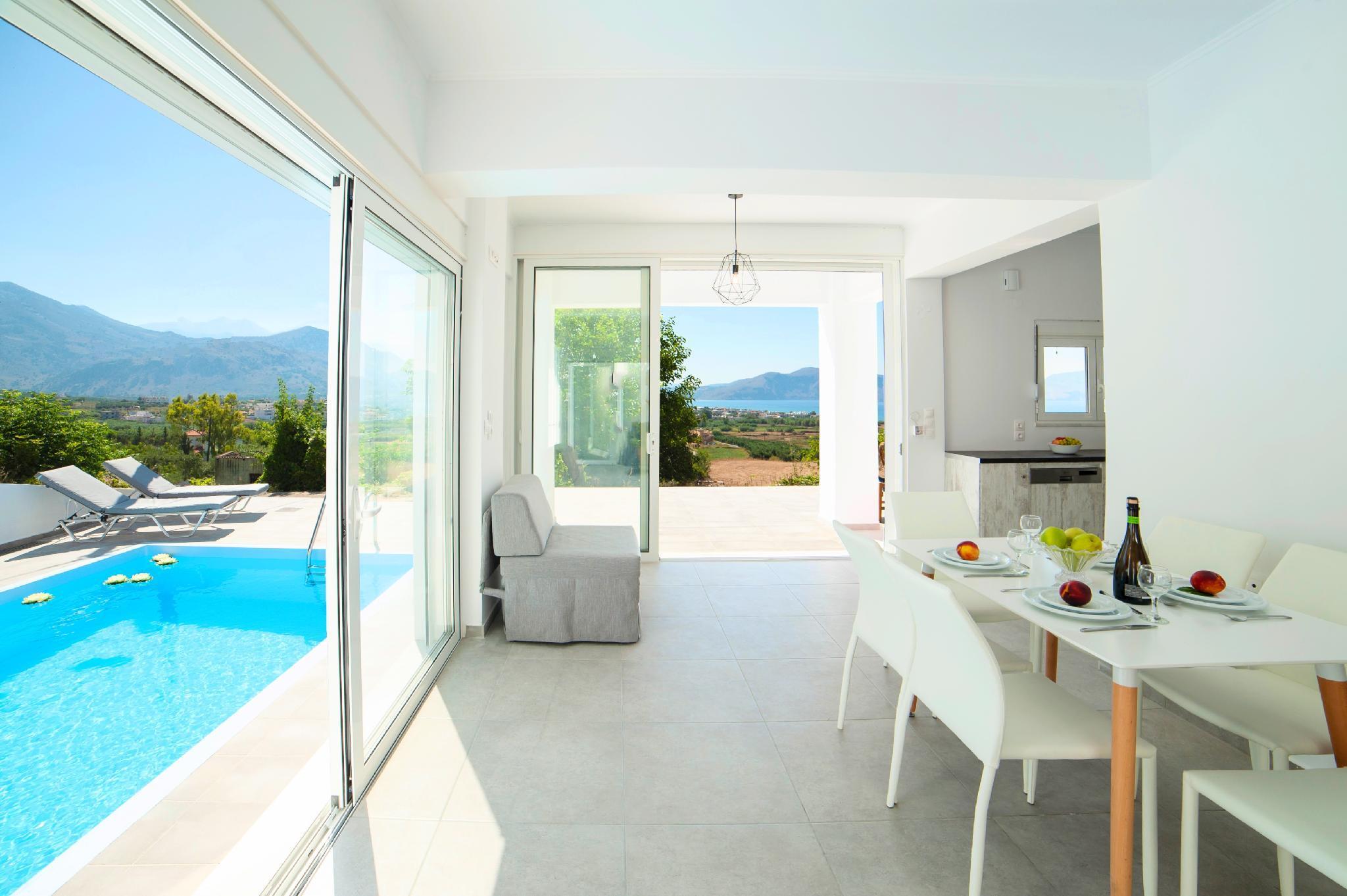 Cretan Sunset Villa With Private Pool