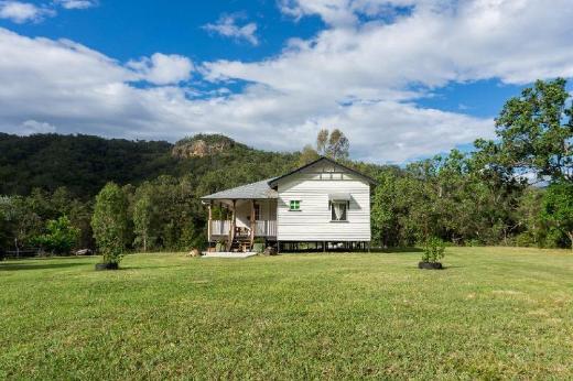 Eighteen Mile Cottage