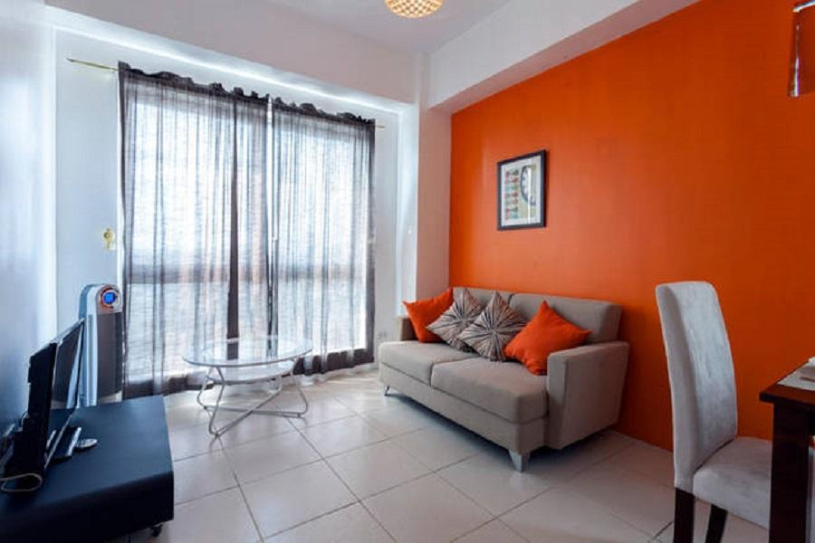 East Bay Residences 2 BR Condo With FREE Parking