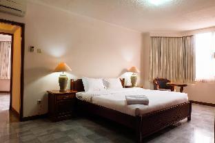 Senopati Suites by Yoomz Jakarta Selatan