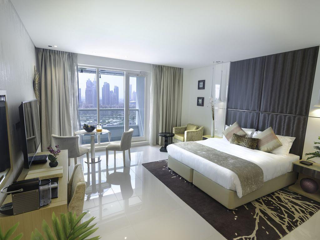Adorable Studio overlooking at the Dubai Canal
