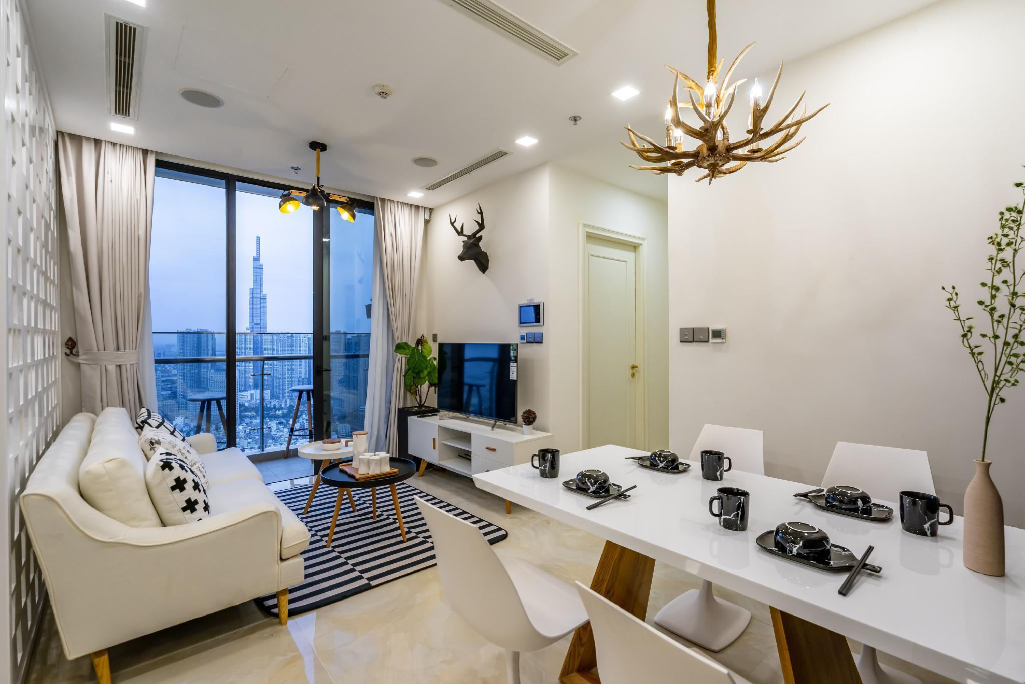 NOMAD HOME   Luxury Home At Vinhomes Golden River
