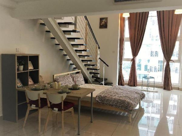 Poolview comfy suite | Near MidValley & KLSentral Kuala Lumpur