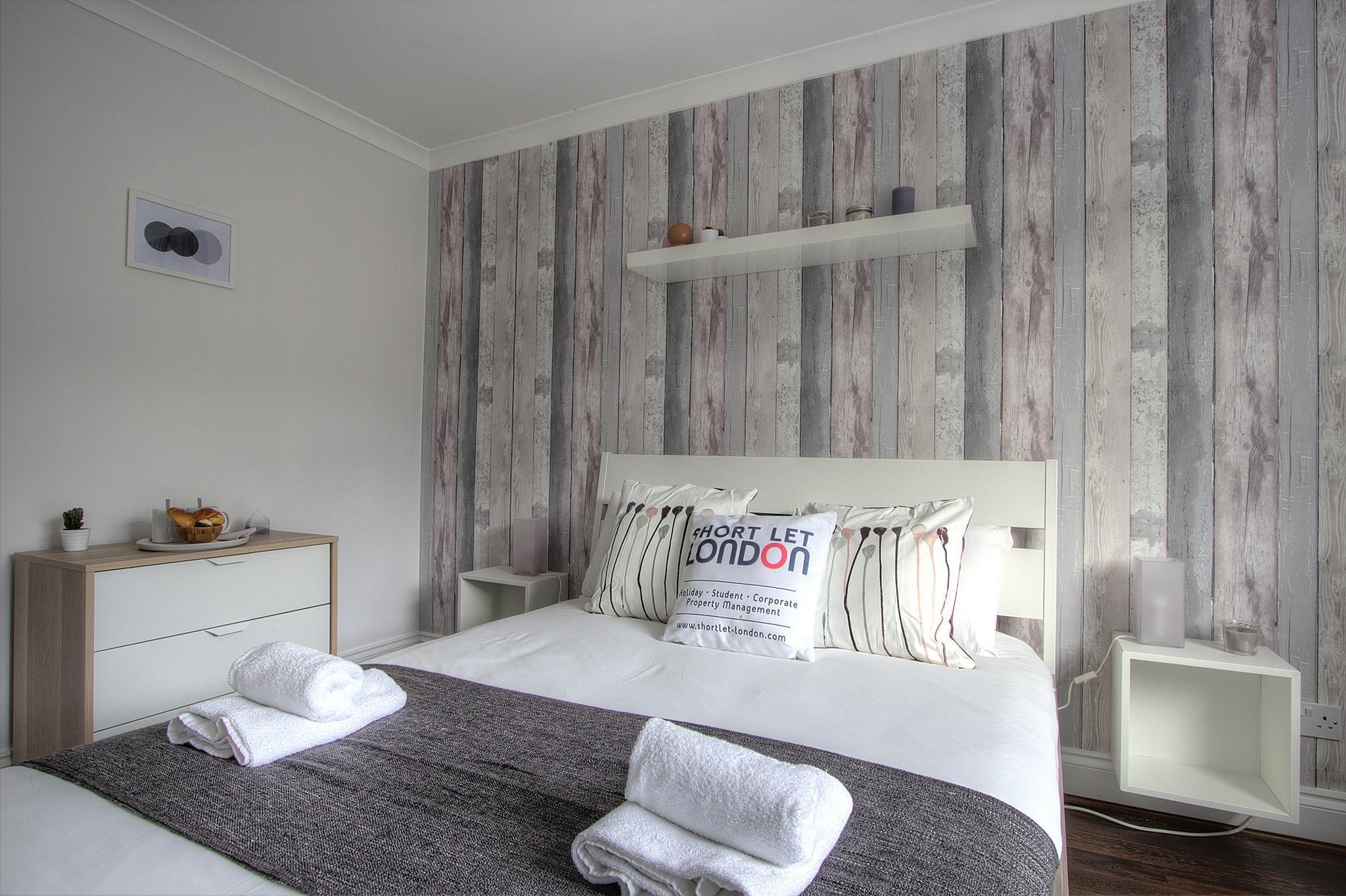 2 Bedroom Apt close Metro #PO  Reviews