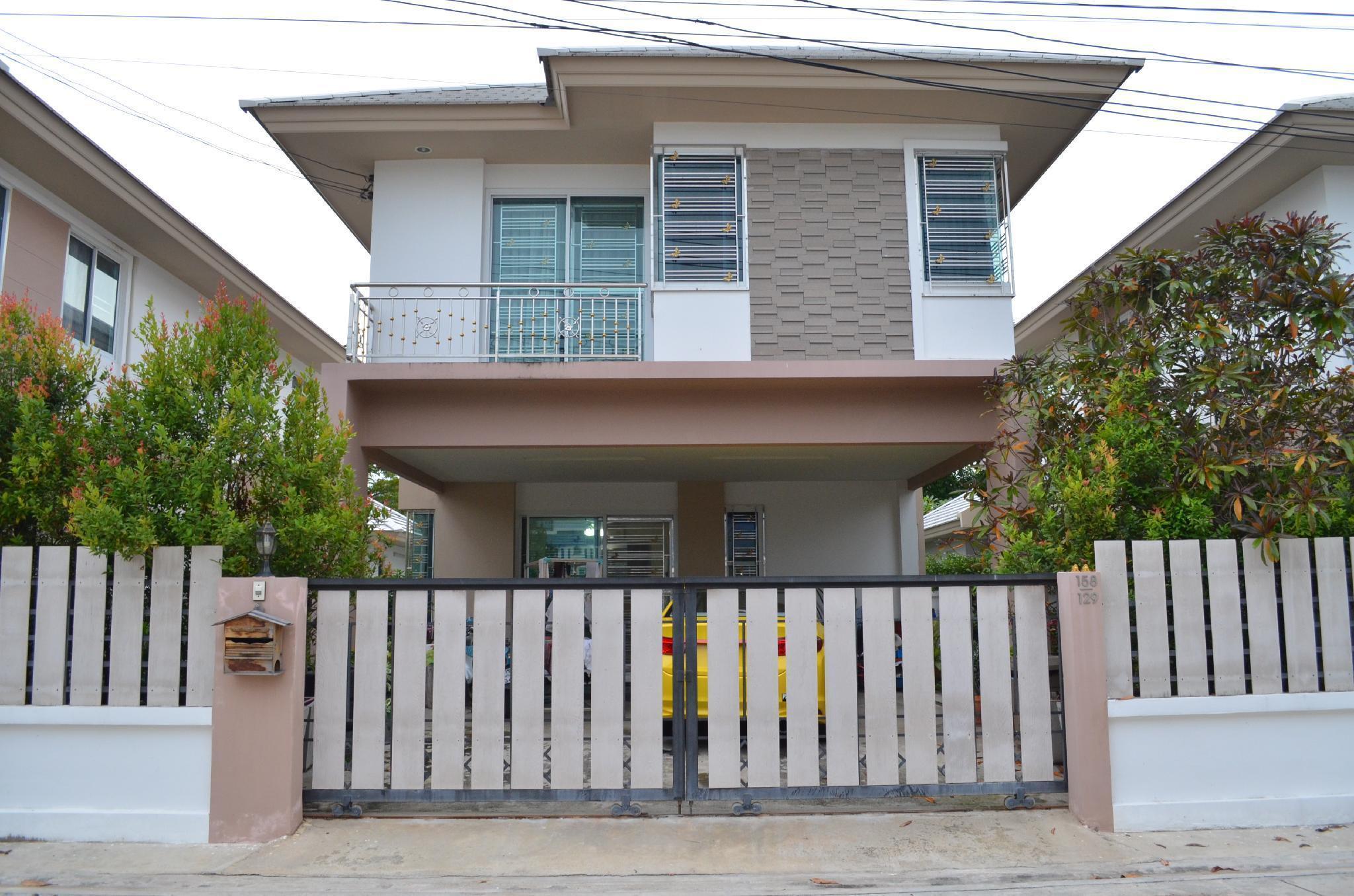 Modern room at Sabai Sabai Homestay Ayutthaya Modern room at Sabai Sabai Homestay Ayutthaya