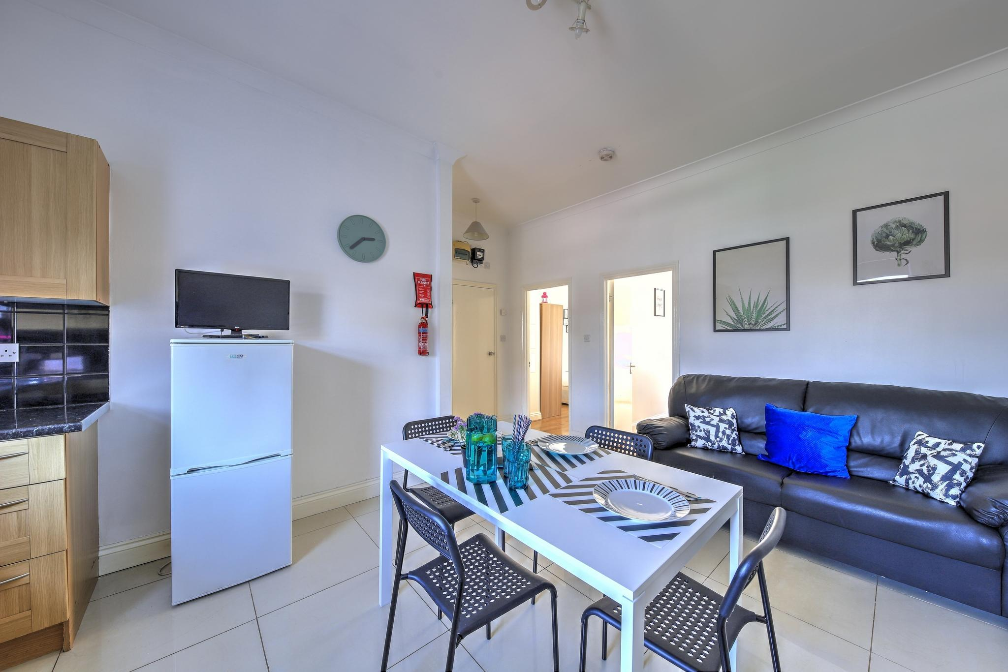 Review 2 Bedroom Apartment #30.2B