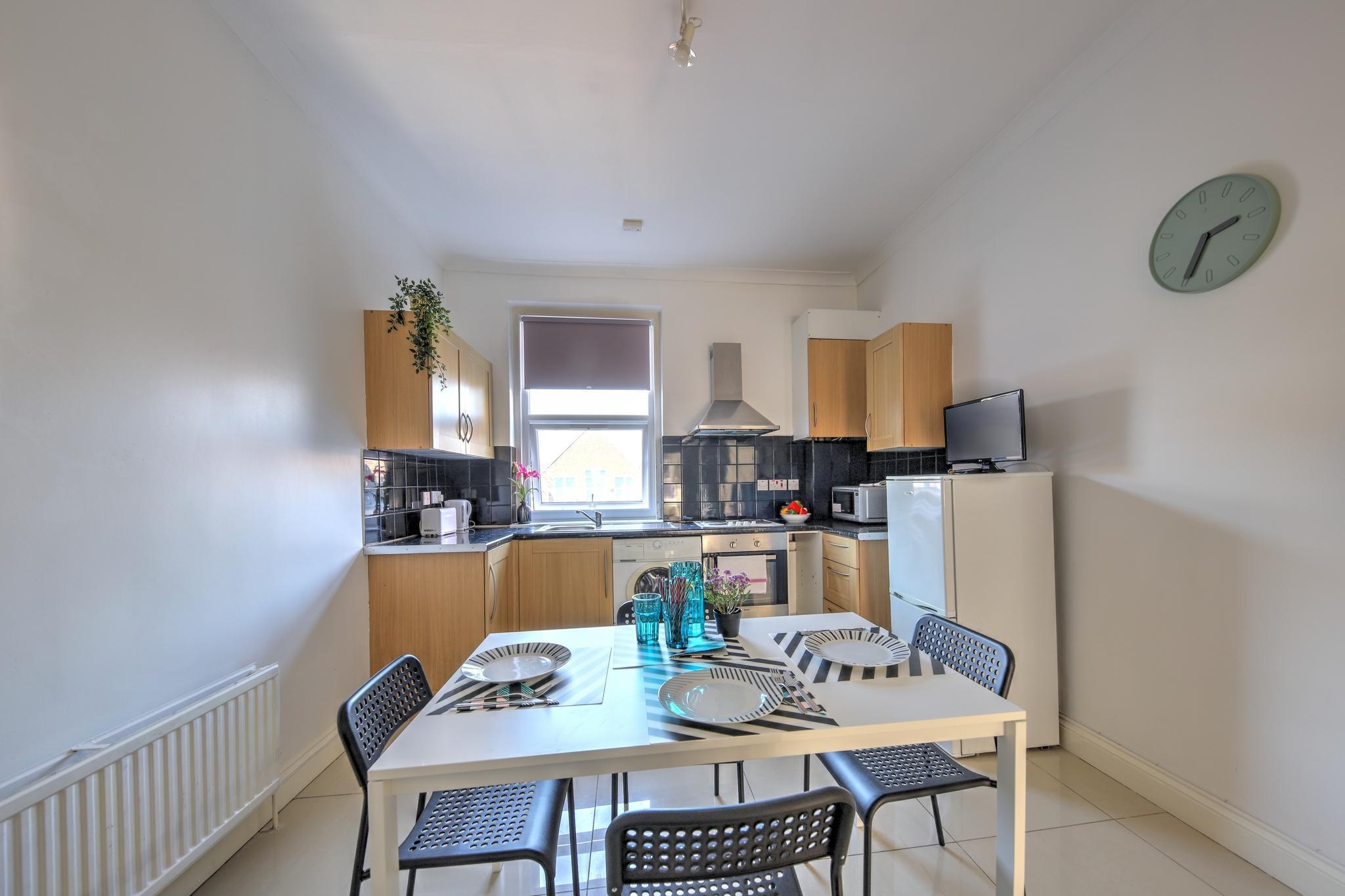 Price 2 Bedroom Apartment #30.2B