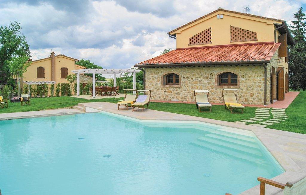 Villa Marina With Pool In Lajatico Close Volterra
