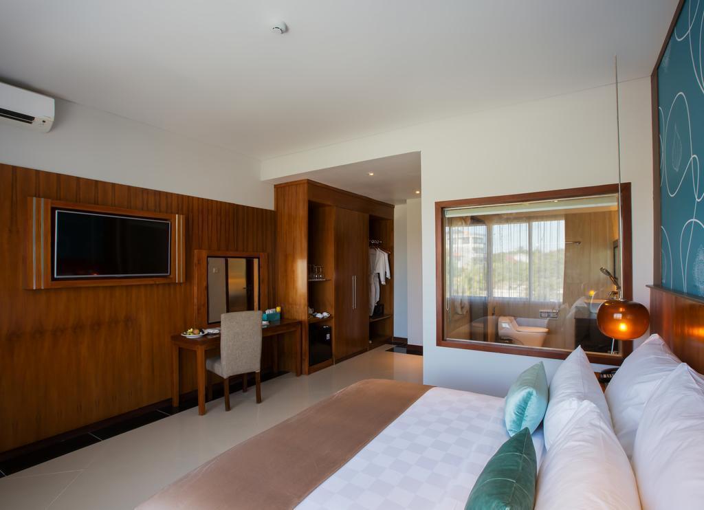 Suite Leaf Room Near GWK Cultural Park Jimbaran