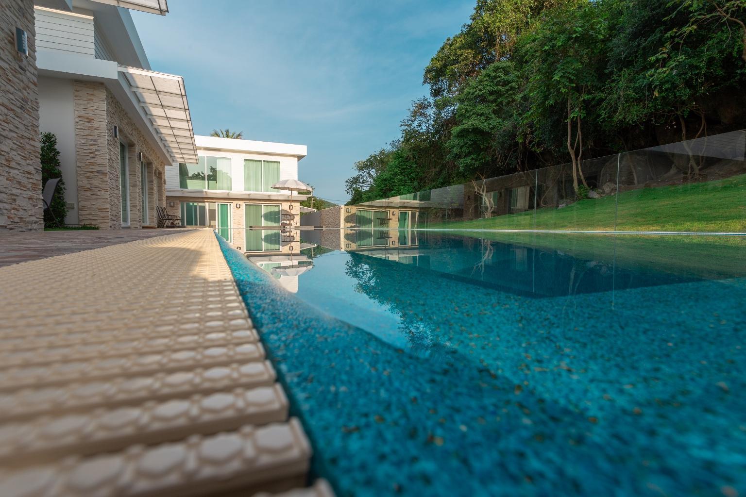 Shagufta Resort   2 Bed Rooms Suit Villa