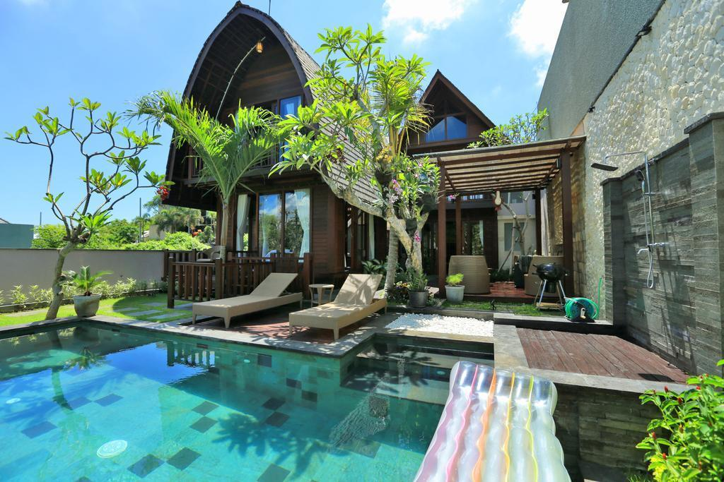 3BDR Balinese Wooden Vila In Jimbaran