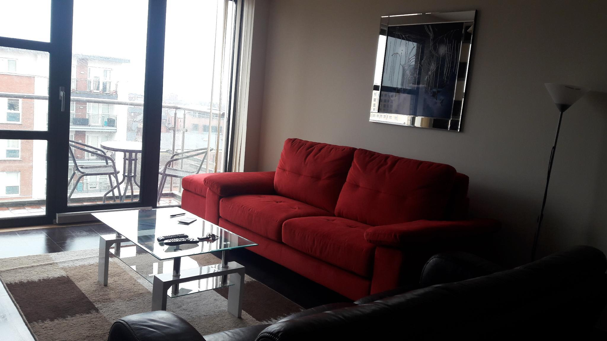 Fabulous Apartment with Balcony in City Center. Reviews