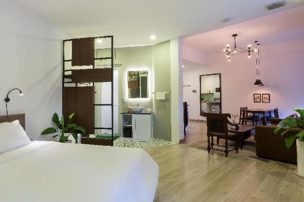 Sunny studio, 3 min to Nguyen Hue, kitchen, washer Ho Chi Minh City