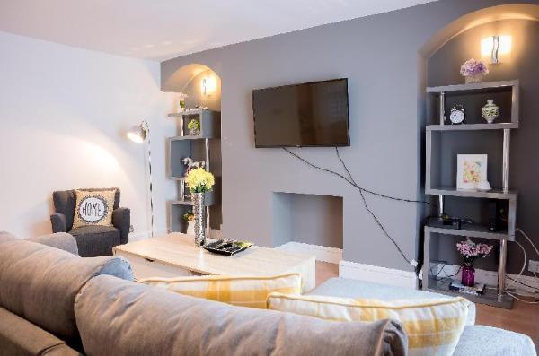 YKP Apartments - Mornington Crescent London