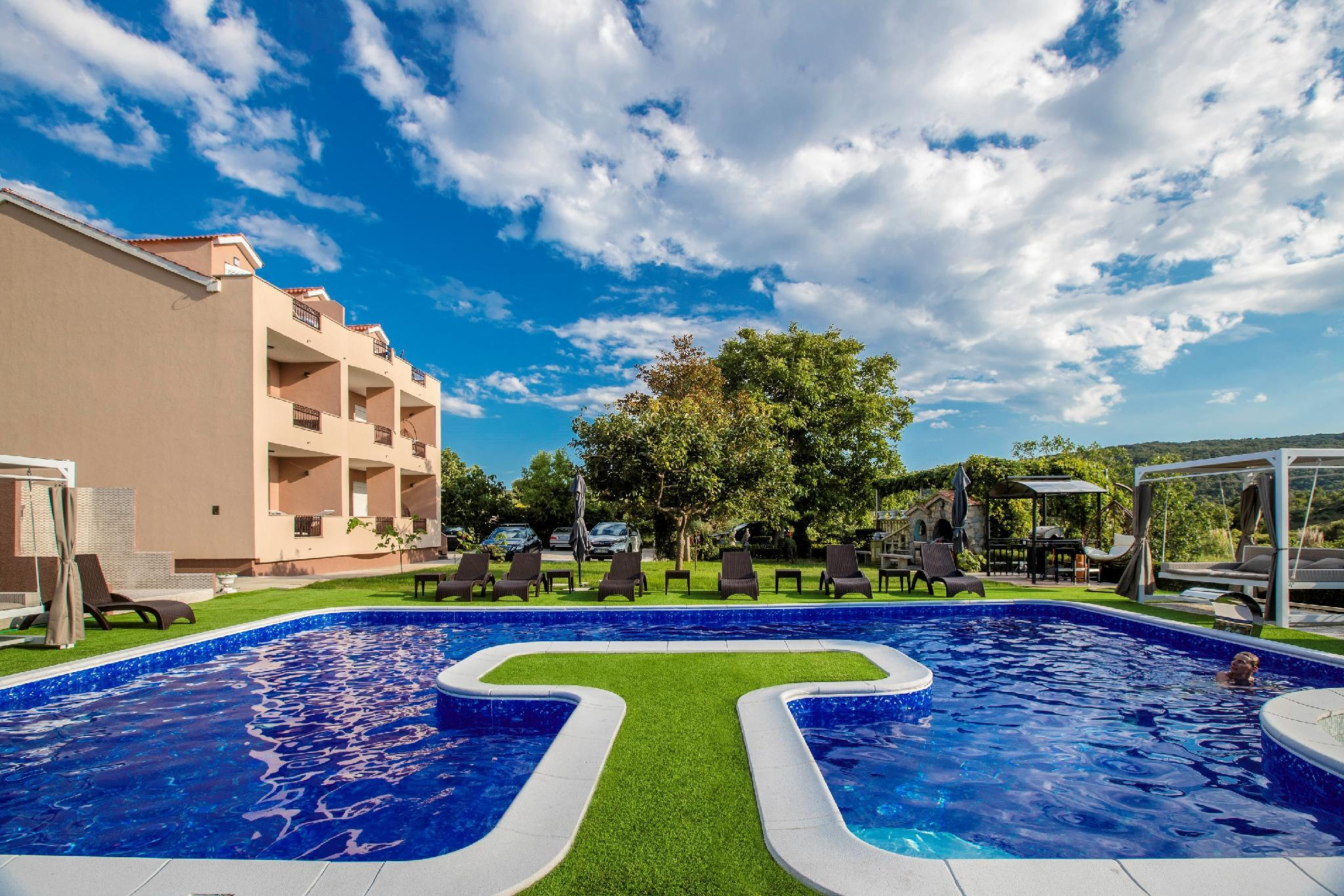 Villa Subic   Luxury Apartments On Island Rab