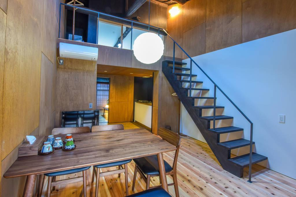Guest House Loft Two RoomandJapanese Courtyard