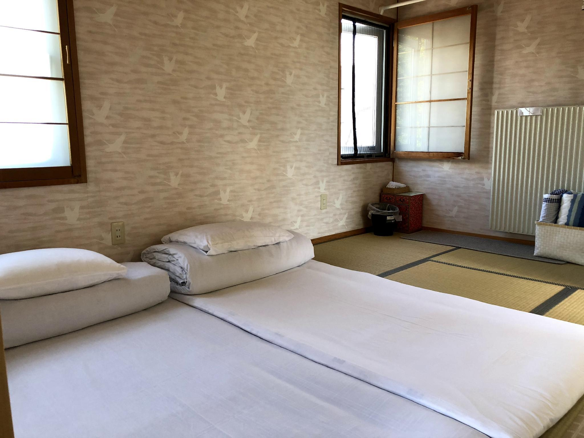 Chitose Guest House Oukaen 203 Room