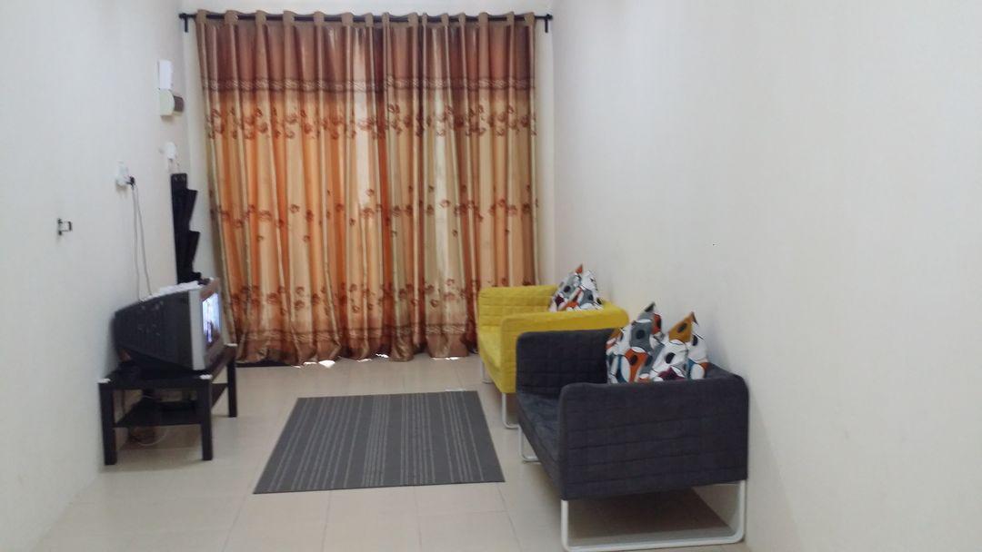 HOMESTAY FAYYADH KUANTAN  Full Aircond In Bedroom