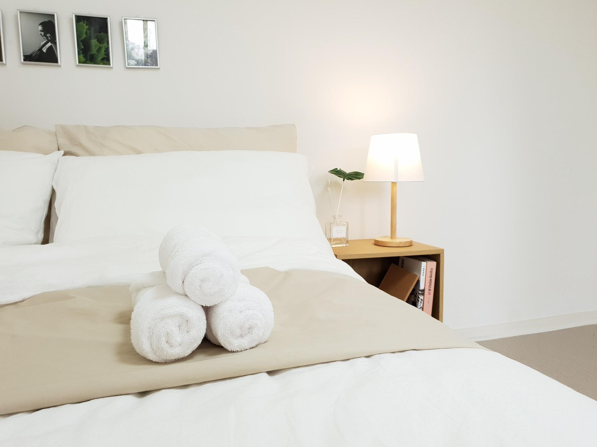 Opening Event  Cozy House. 2mins From Sinchon Stn