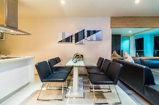 Baycliff - seaview 2 bedroom apt with jacuzzi