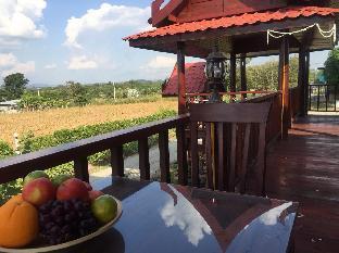 Fruit Woods Farm Resort
