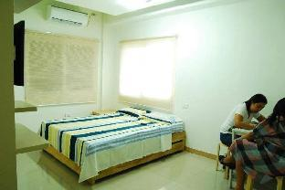 picture 2 of DONAVI STUDIO 1