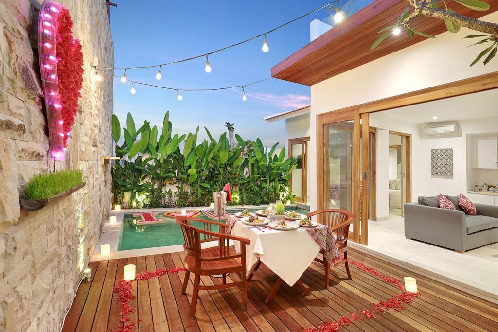 Romantic Honeymoon Ocean View Villa In Jimbaran