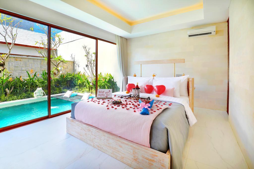 Legian Sweet Honeymoon Pool Villa
