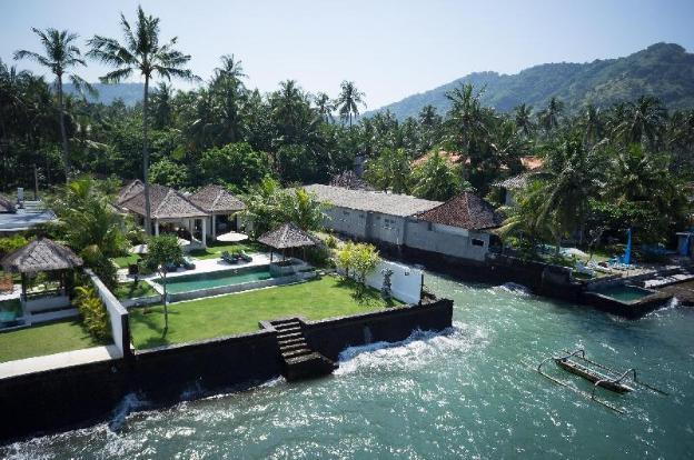 Spectacular 3BR ocean front luxury villa