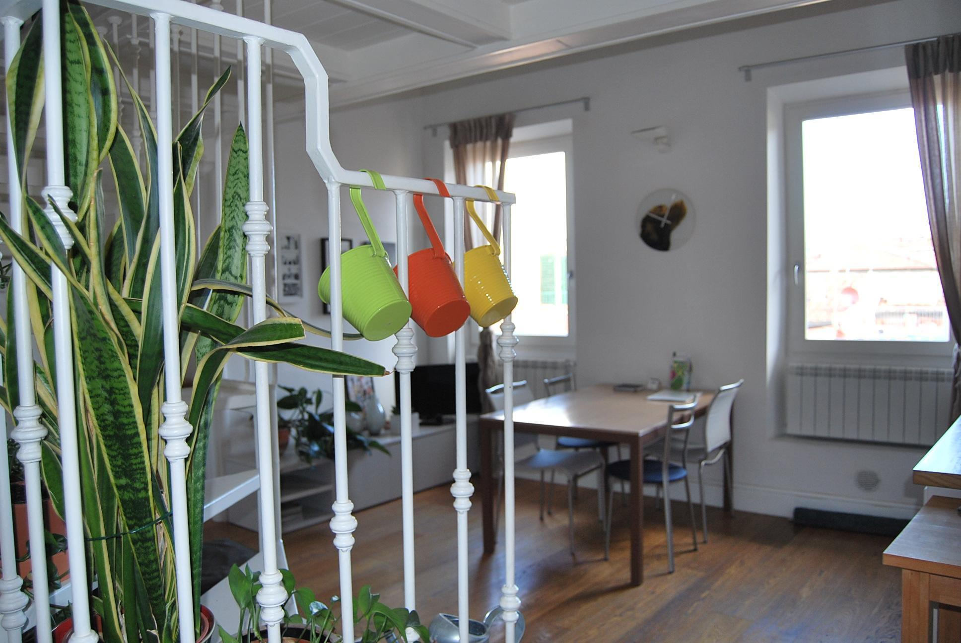 Light And Airy Flat In San Frediano