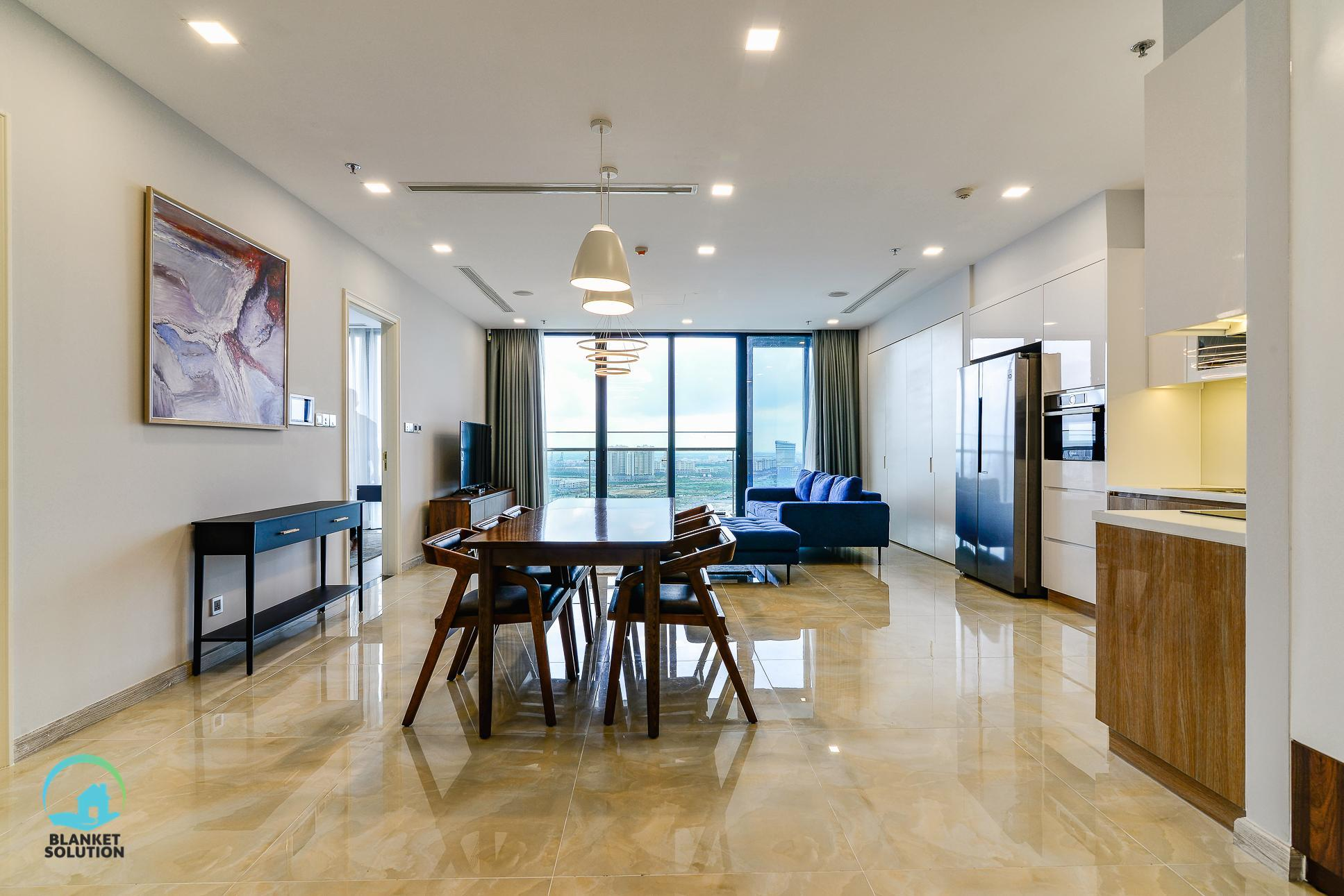 D1 CBD Spacious 3BR Luxury Apt With Great View