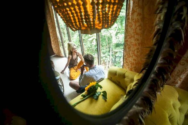 Jungle-view luxury 1 BR suite with own bathroom