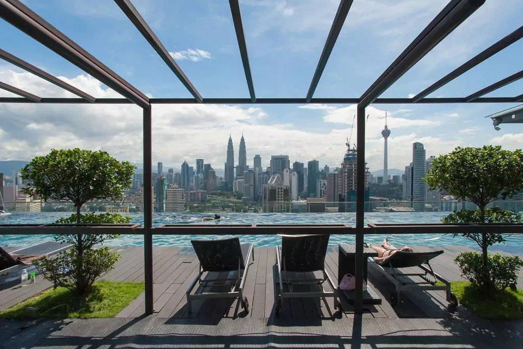 Cozy 1 Bedroom With Rooftop Infinity Pool