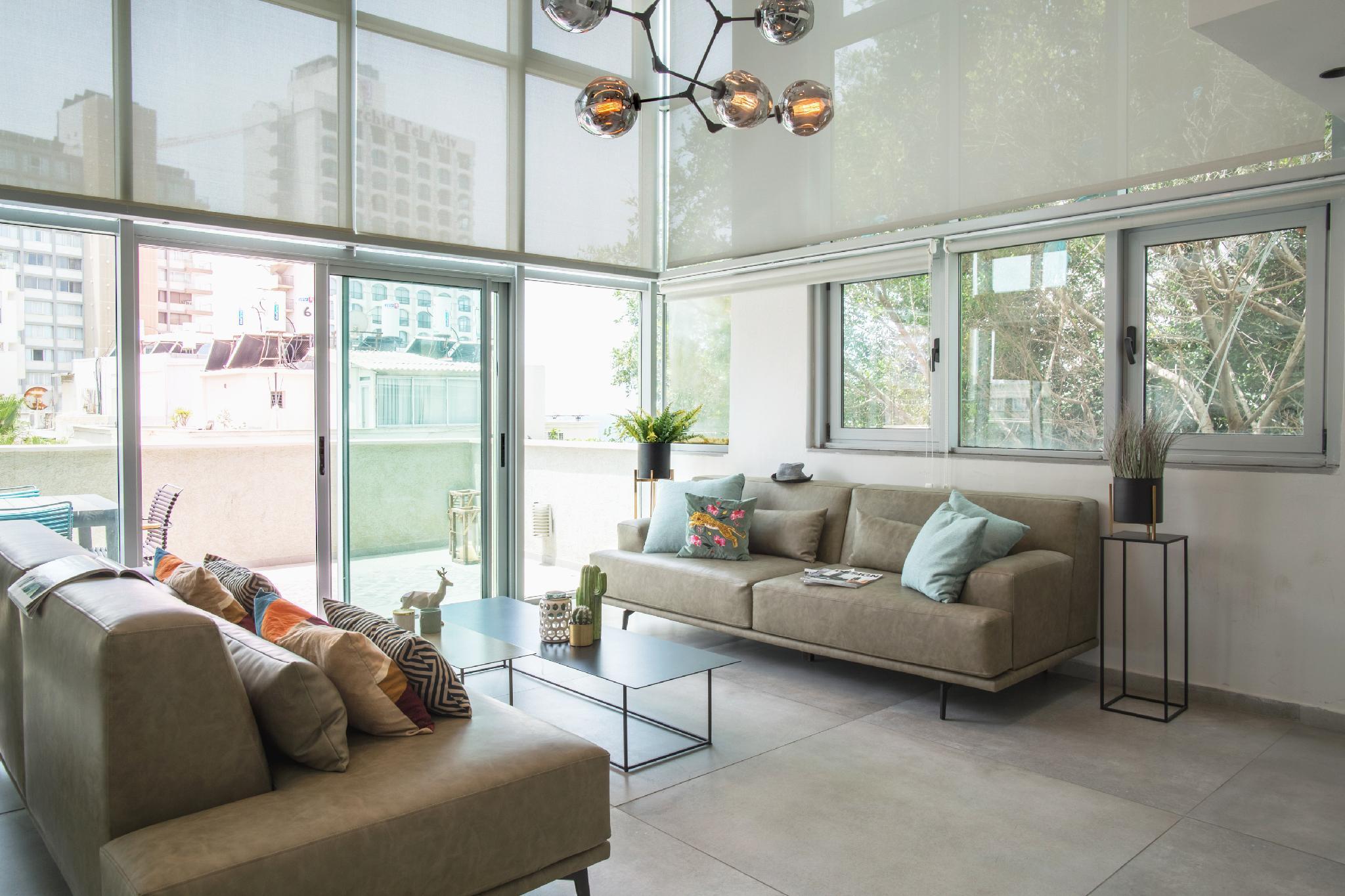 Luxury Sea View Penthouse