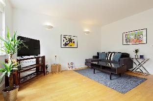 Elegant 2 BR Apartment near Kensington High Street