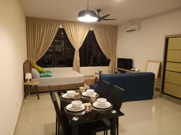 cozy and sweet clean house( Austin regency) Johor Bahru