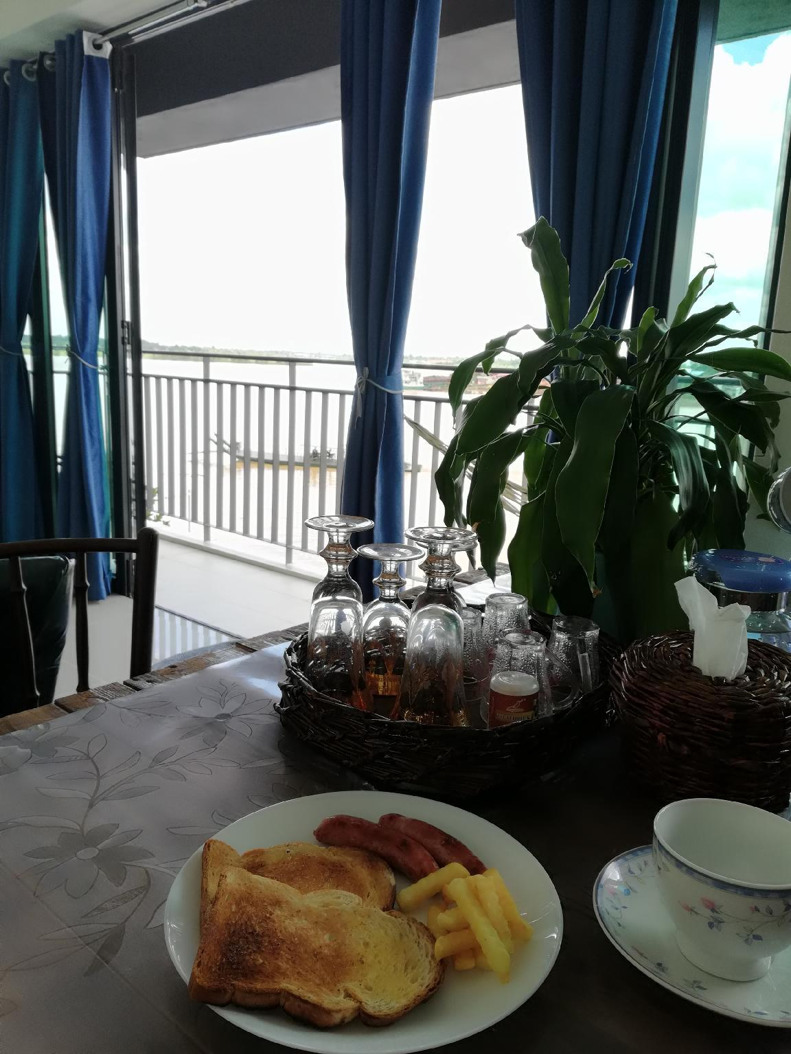 Eco Home Stay  River View