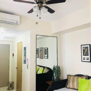 picture 4 of Cozy EndUnit 1BR Tagaytay SMDC Condo near Skyranch