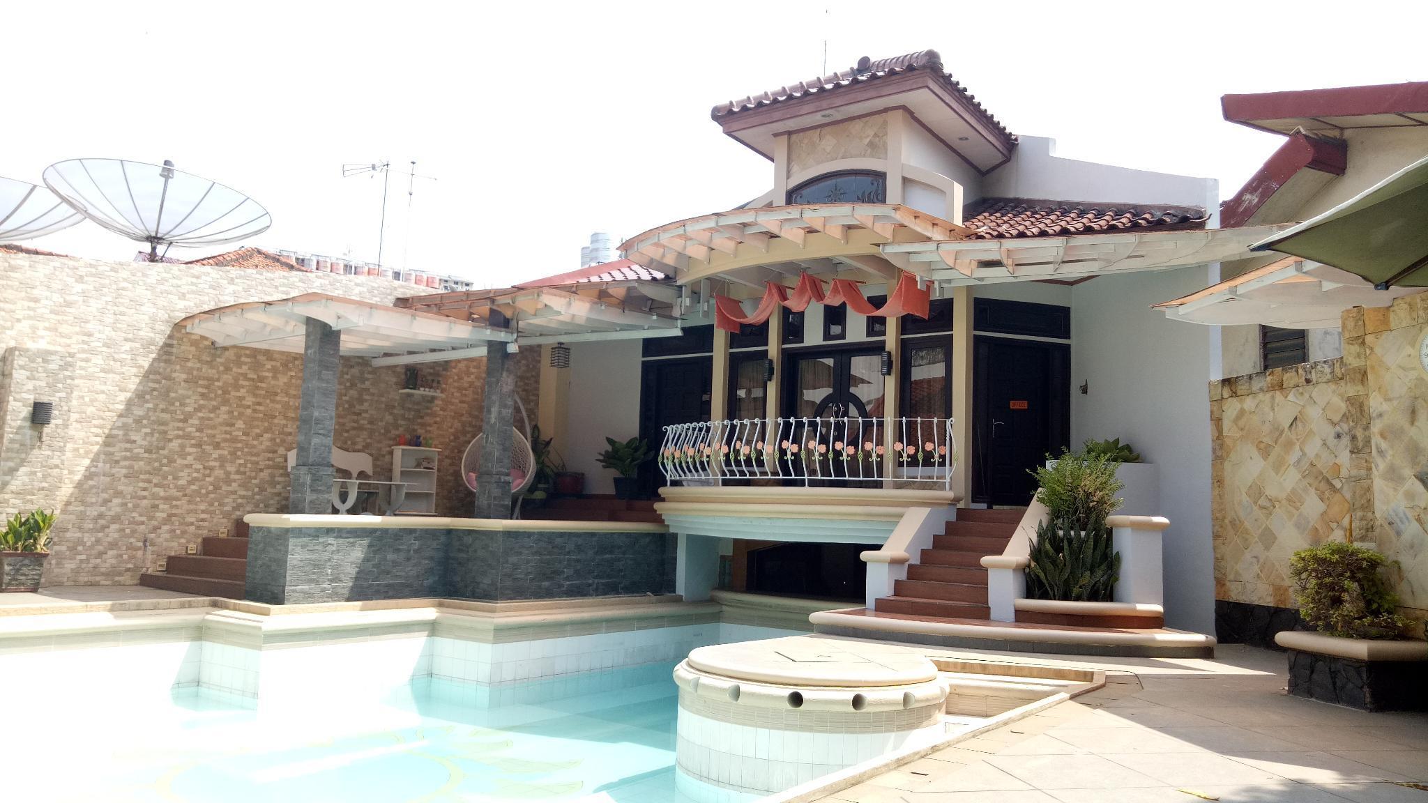 T Rooms Homestay Palembang @LapanganHatta