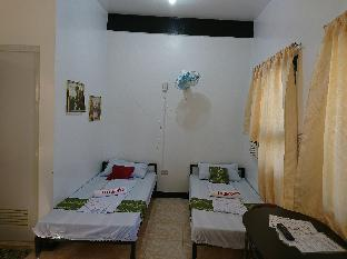 picture 1 of Prince transient house room 1&2