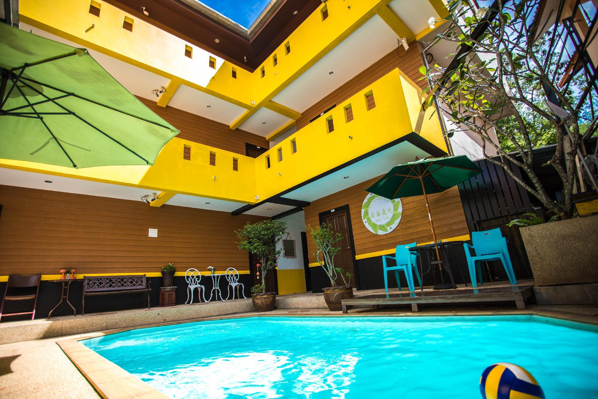 Patong Beach Thai Pool Family Room