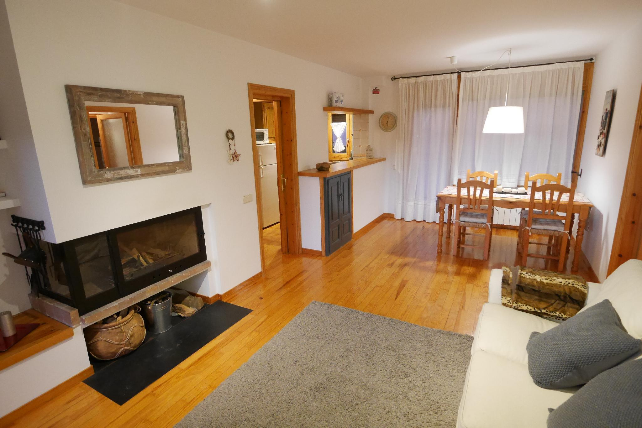 Cozy Renewed Apartment In Alp With Garden