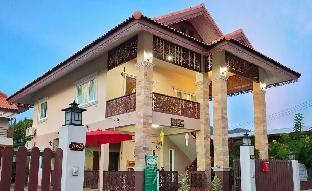 [市内中心部]一軒家(154m2)| 4ベッドルーム/2バスルーム Baan Varinthip