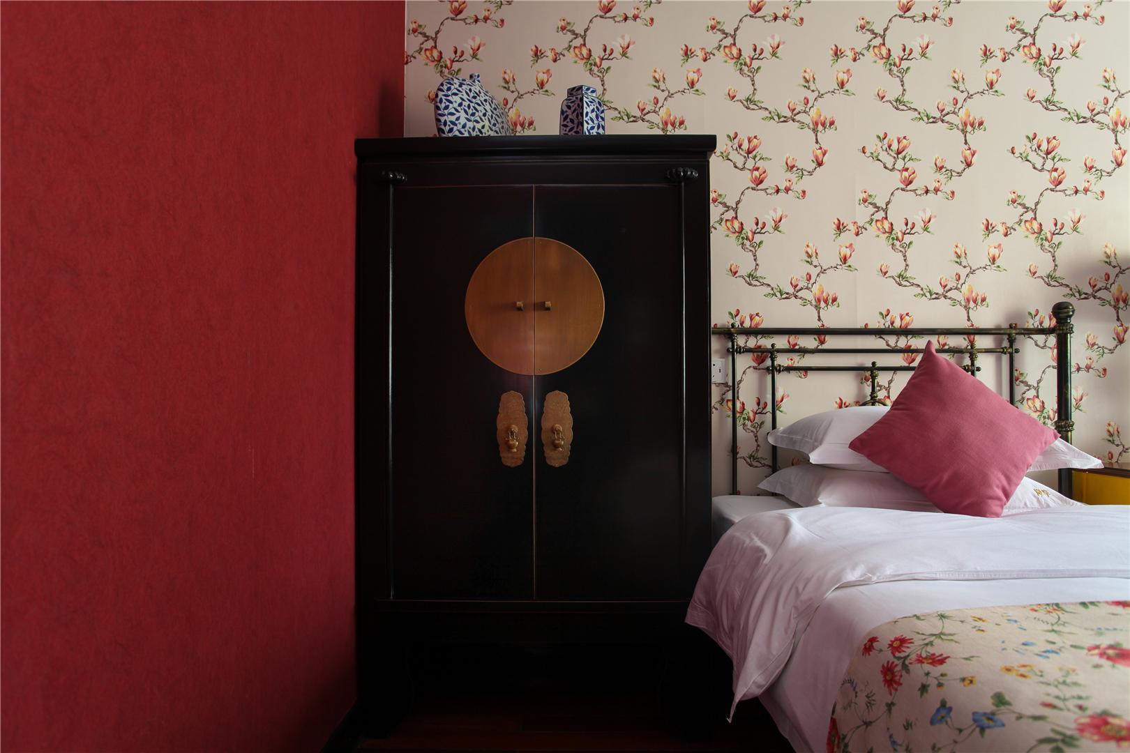 Lanfang Twin Bedroom