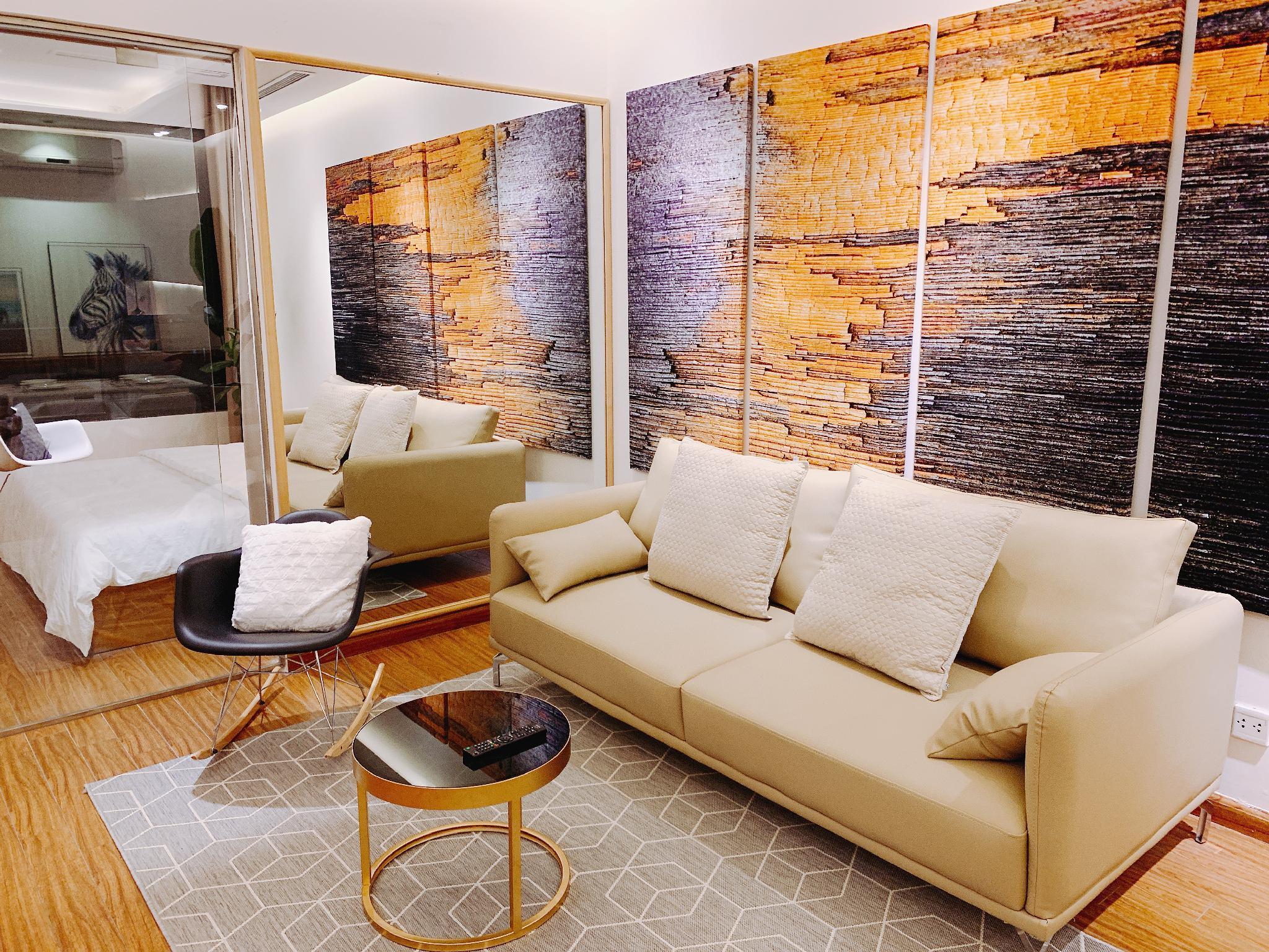 Benjamin Apartment